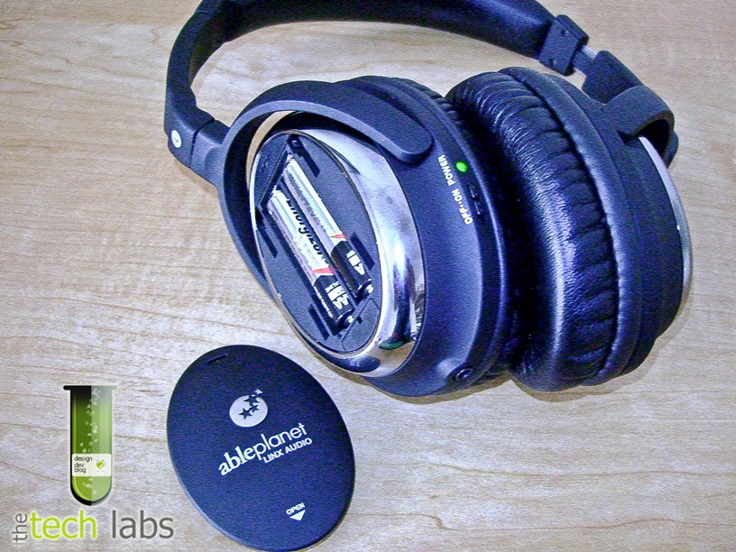 Sound Clarity (NC510B) Noise Reduction Headphones Exterior