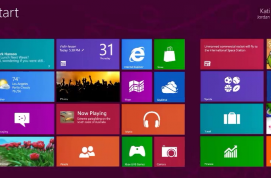 Windows-8-Home-Screen