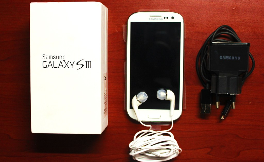 Samsung Galaxy S3 - Unboxing