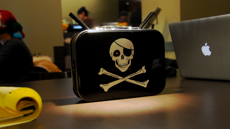 Pirate Box Cafe